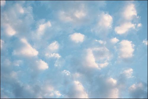Синее небо. Фото, фотография картинка
