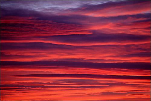 Фиолетово-розовый закат. Фото, фотография