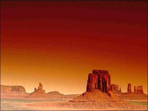 Красный ландшафт. Фото, фотография